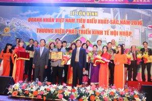 Lễ Tôn Vinh Doanh Nhân Việt Nam Tiêu Biểu Xuất Sắc Năm 2016 & Thương Hiệu Phát Triển Kinh Tế Hội Nhập